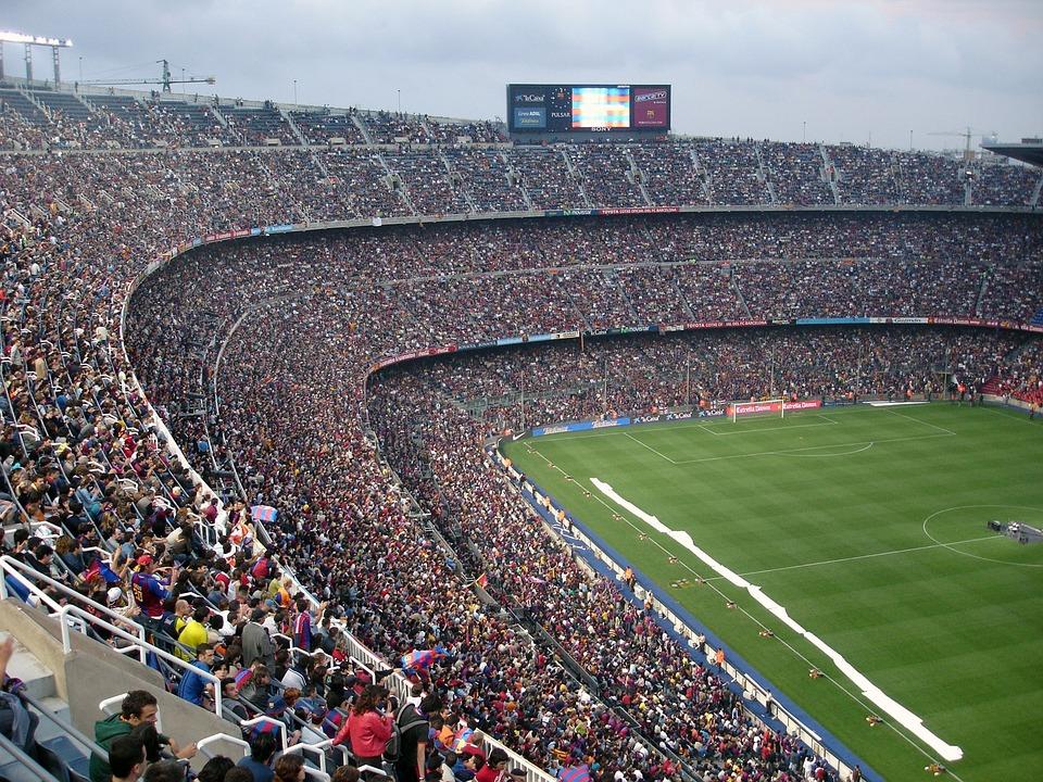 https://www.jawhm.or.jp/blog/tokyoblog/wp-content/uploads/sites/7/2017/04/football-stadium-62891_960_720.jpg